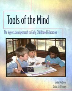 Tools-of-the-Mind-9780023698743